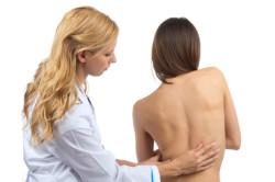 Искривление позвоночника - симптом ретролистеза
