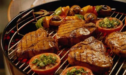 Жирная, острая, жареная еда должна быть исключена из рациона