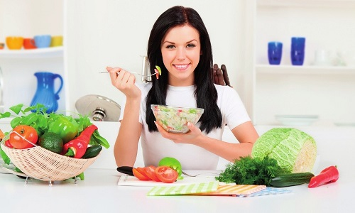Холецистит напрямую связан с особенностями питания, поэтому обязательным условием лечения заболевания становится рациональная диета