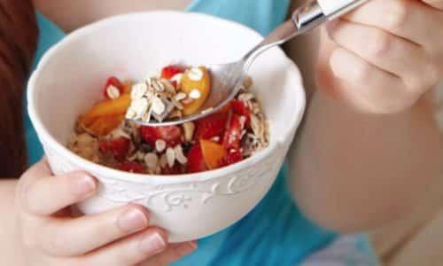 При лечении панкреатита необходимо соблюдать специальную диету