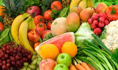 Фрукты и овощи содержат большое количество ферментов, которые полезны для поджелудочной железы