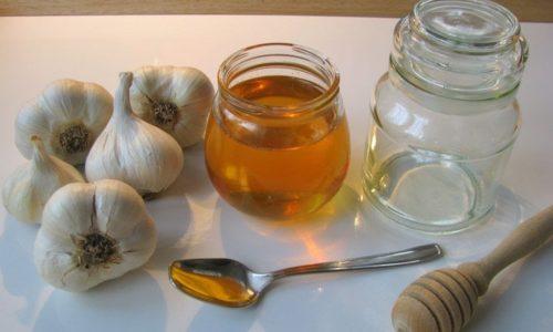 Лечение медом или чесноком вместе с шелухой может дать весьма положительный эффект