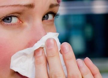 Как можно снять заложенность носа в домашних условиях?