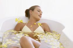 Польза травяных ванн при задержке месячных